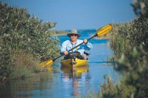 kayaking-the-lake-trails